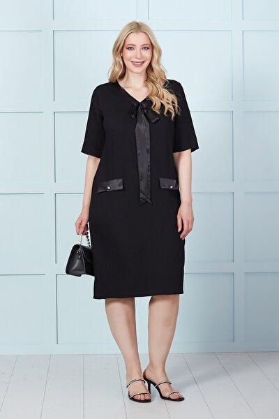 Saten Detaylı Klasik Elbise