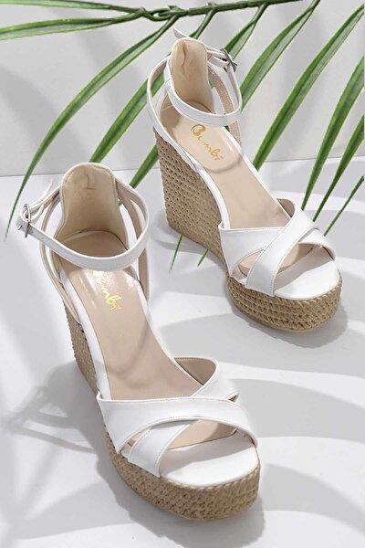 Beyaz Kadın Sandalet K05671304409
