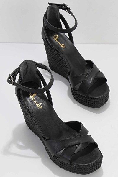 Siyah Kadın Sandalet K05671304409