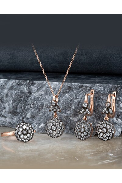 Elmas Montürü Gümüş Gül Modeli Takı Seti