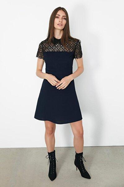 Kadın Lacivert Güpür Mixli Elbise IW6190002196015