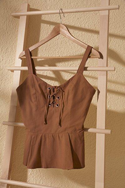 Kahverengi Bağlama Detaylı Bluz TWOSS20BZ0892