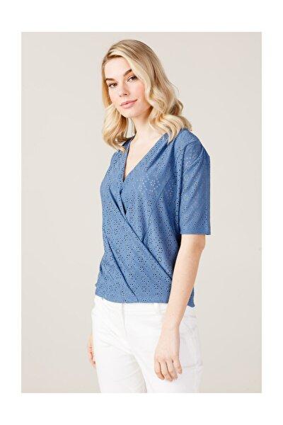 Kadın Kruvaze Tişört