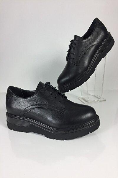 Kadın Hakiki Deri Klasik Siyah Ayakkabı