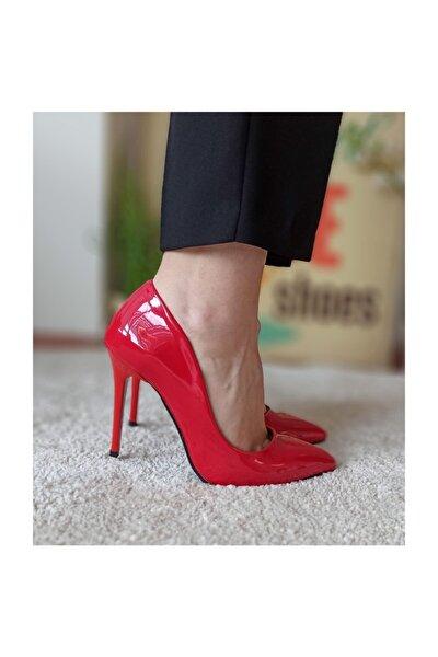 Kırmızı Rugan Kadın Stiletto