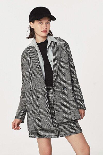 Kadın Siyah Kazayağı Desen Ceket TW6200005106