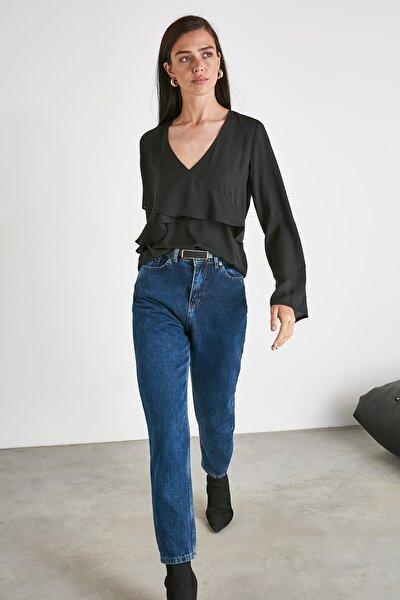 Siyah Volanlı Bluz TWOAW21BZ0835