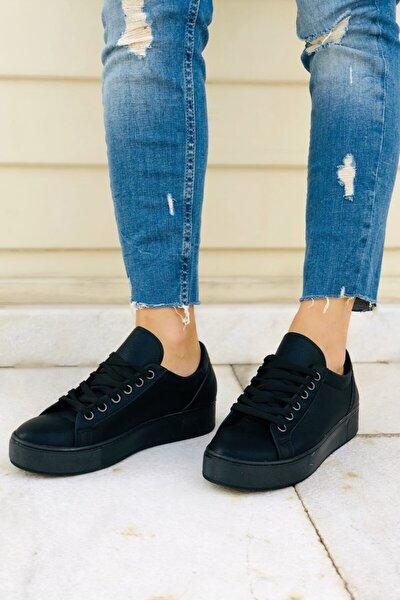 Kadın Siyah Bağcıklı Sneaker