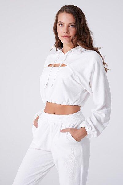Kadın Beyaz Göğüs Detaylı Kapüşonlu Sweatshirt