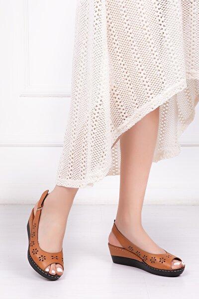 Hakiki Deri Taba Kadın Dolgu Topuklu Deri Sandalet Crz-0401
