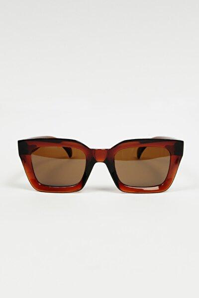 Kadın Kahverengi Kalın Çerçeveli Dikdörtgen Güneş Gözlüğü