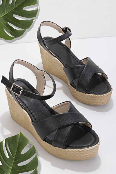 Siyah Kadın Sandalet K05936021109