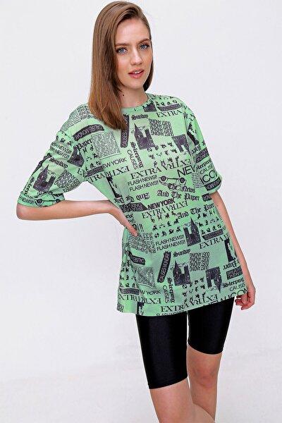 Kadın Yeşil Gazete Baskılı Oversize Tshirt 4299