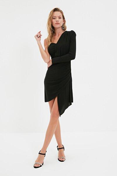 Siyah Drape Detaylı Elbise TPRSS21EL0837