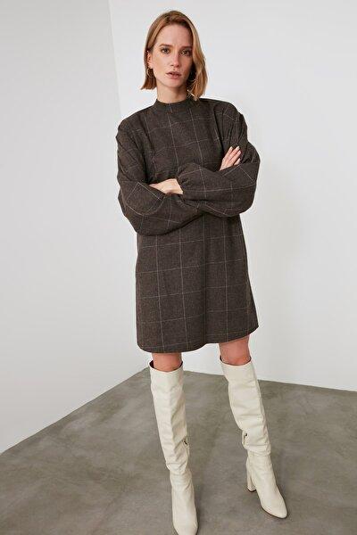 Kahverengi Kareli Elbise TWOAW21EL2282