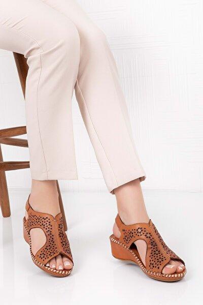 Kadın Kahverengi Deri Anatomik Taban Sandalet