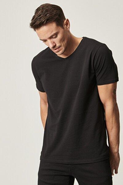 Slim Fit Dar Kesim V Yaka Tişört