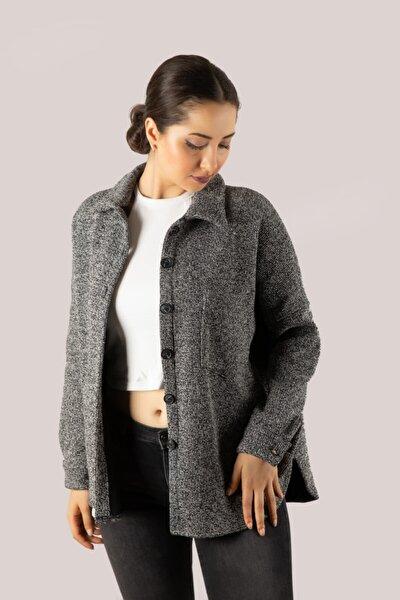 Kadın Siyah Kırçıllı Oversize Gömlek Ceket Shaw21-324