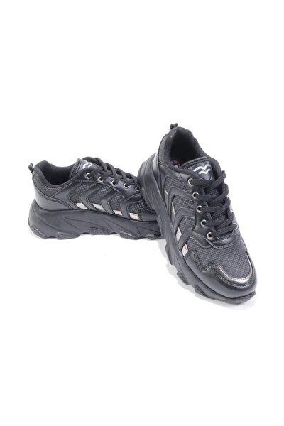 Kadın Siyah Platin Cilt Bağlı  Spor Ayakkabı