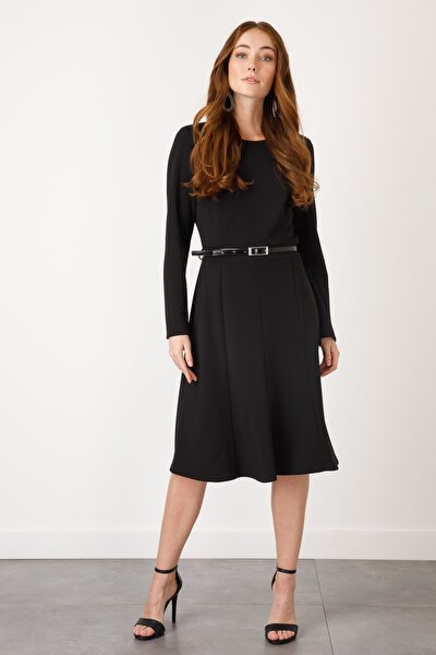 Yuvarlak Yaka Düz Siyah Kadın Elbise