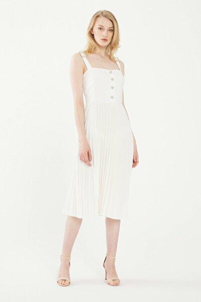 Kadın Beyaz Piliseli Elbise