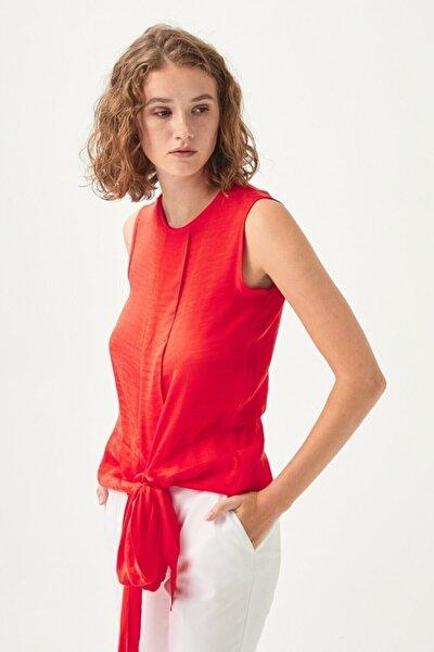 Kadın Coral Asimetrik Kesim Kolsuz Bluz