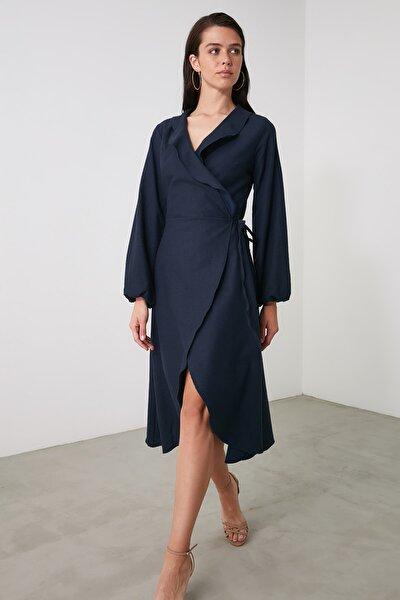 Lacivert Kruvaze Bağlama Detaylı Elbise TWOAW21EL2056