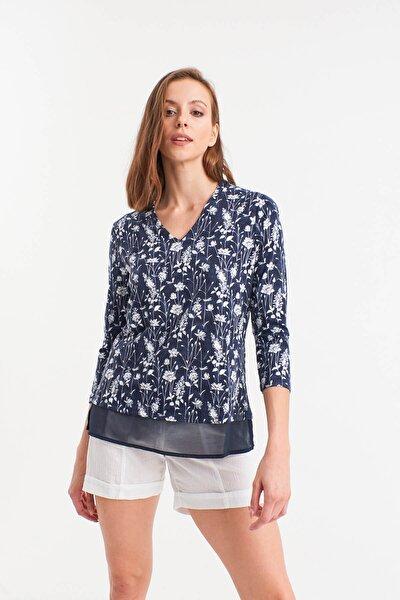 Kadın Lacivert Çiçekli Şifon Garnili Bluz