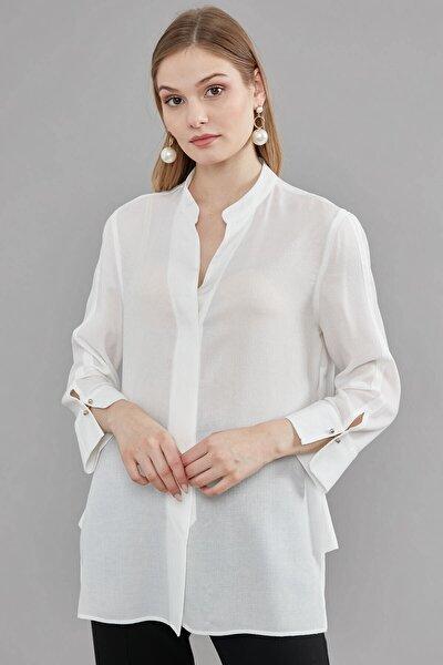 Kadın Ekru Dik Yaka Ön Gizli Patlı Kol Manşeti Zincir Düğme Detaylı Gömlek