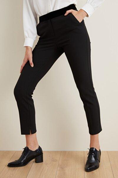 Kadın Siyah Beli Kadife Garnili Pantolon