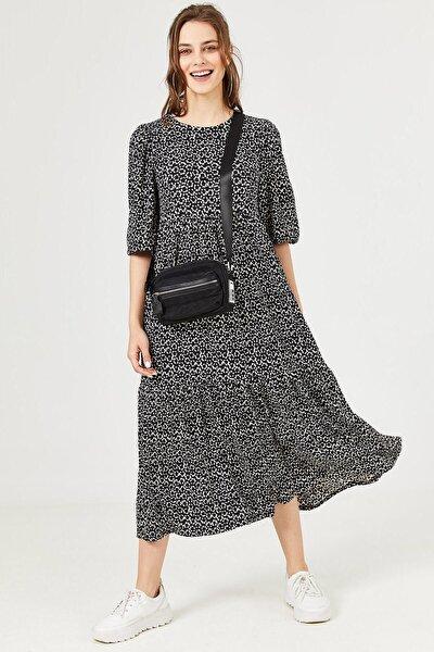 Kadın Siyah Dökümlü Günlük Elbise