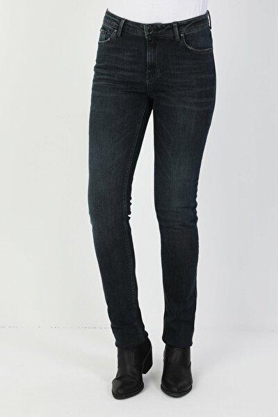 703 Carla Dar Kesim Koyu Mavi Kadın Denim Pantolon CL1047006