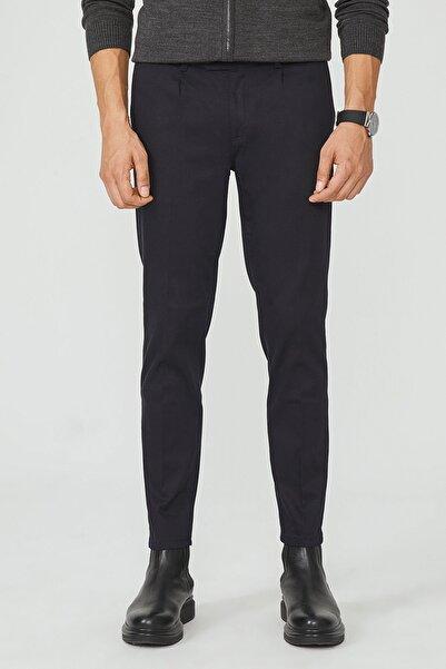 Erkek Lacivert Yandan Cepli Pileli Slim Fit Pantolon A02Y3075