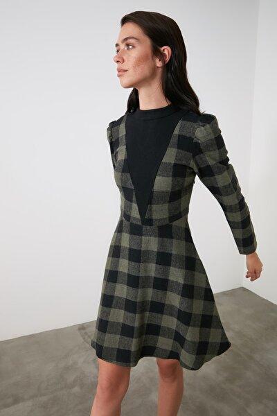 Haki Yaka Detaylı Elbise TWOAW21EL1765