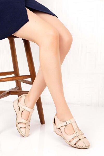 Kadın Bej Deri Ortopedik Taban Sandalet