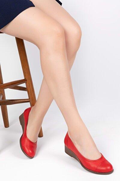 Kadın Kırmızı  Deri Anatomik Taban Günlük Ayakkabı