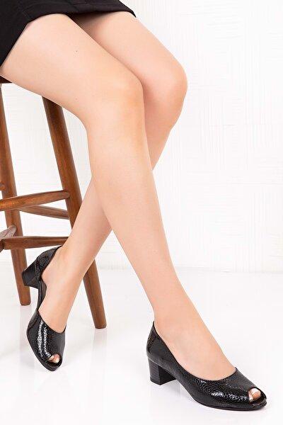 Kadın  Siyah Petek  Deri Topuklu Ayakkabı