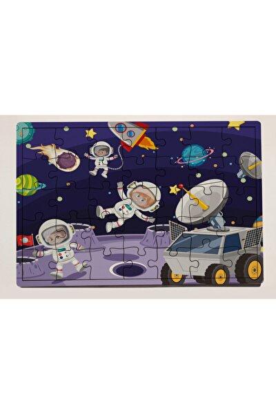 Uzay Üssü ve Astronotlar 35 Parça Ahşap Puzzle Yapboz