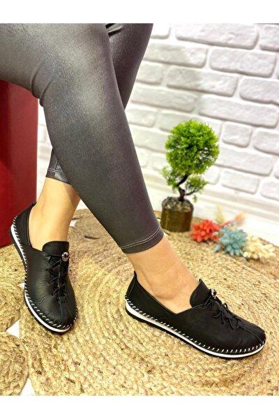 Kadın Siyah Lastikli Bağcıklı  Deri Ayakkabı