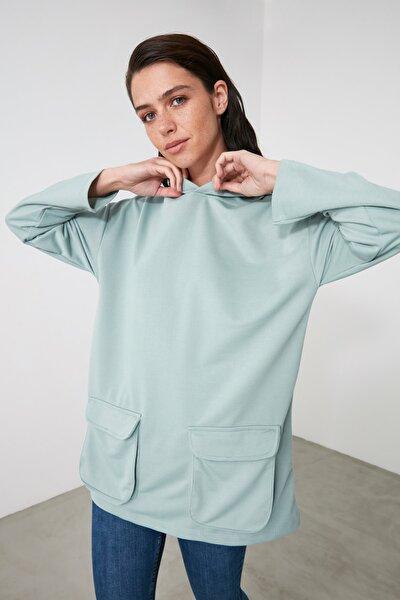 Mint Cep Detaylı Kapüşonlu Örme Sweatshirt TWOAW21SW1318
