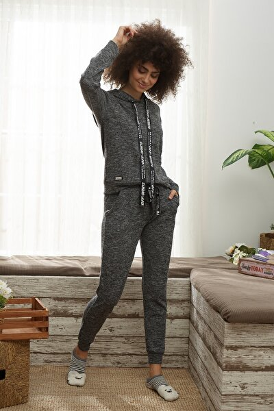 Kadın Gri Kapüşonlu Pijama Takım
