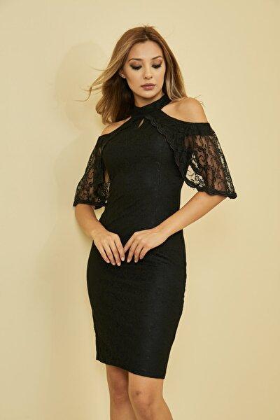 Kadın Siyah Önü Pencere Detaylı Düşük Omuz Arkası Gizli Fermuar Kapama Astarlı Dantel Elbise