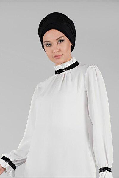 Kadın Ekru Yaka Kısmı Payet Detaylı Büzgülü Bluz