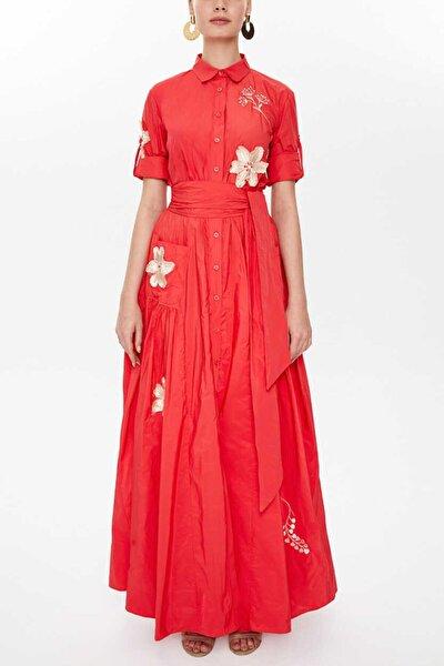 - Nakışlı Bagcıklı Büzgülü Uzun Gömlek Elbise 92917 Kırmızı
