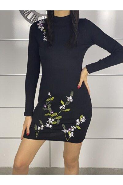 Kadın Siyah Çiçek Nakış Detay Akrilik Triko Elbise
