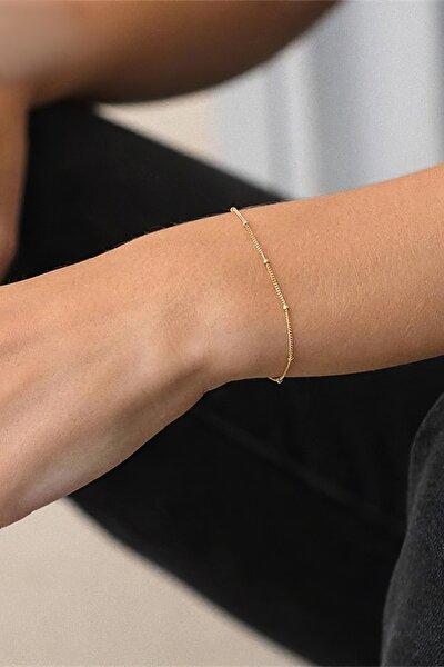 Kadın Altın Rengi Zarif Boncuk Süslemeli Gümüş Bileklik