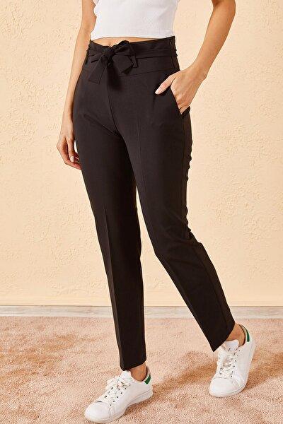 Kadın Siyah Bel Kuşaklı Klasik Pantolon