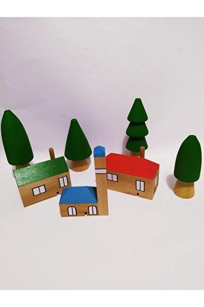 Köy Evleri Ve Orman