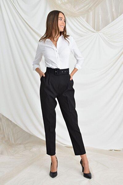 Kadın Siyah Beli Kemerli Havuç Pantolon