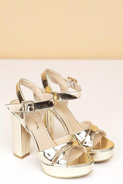 Pc-50165 Rugan Altın Kadın Ayakkabı